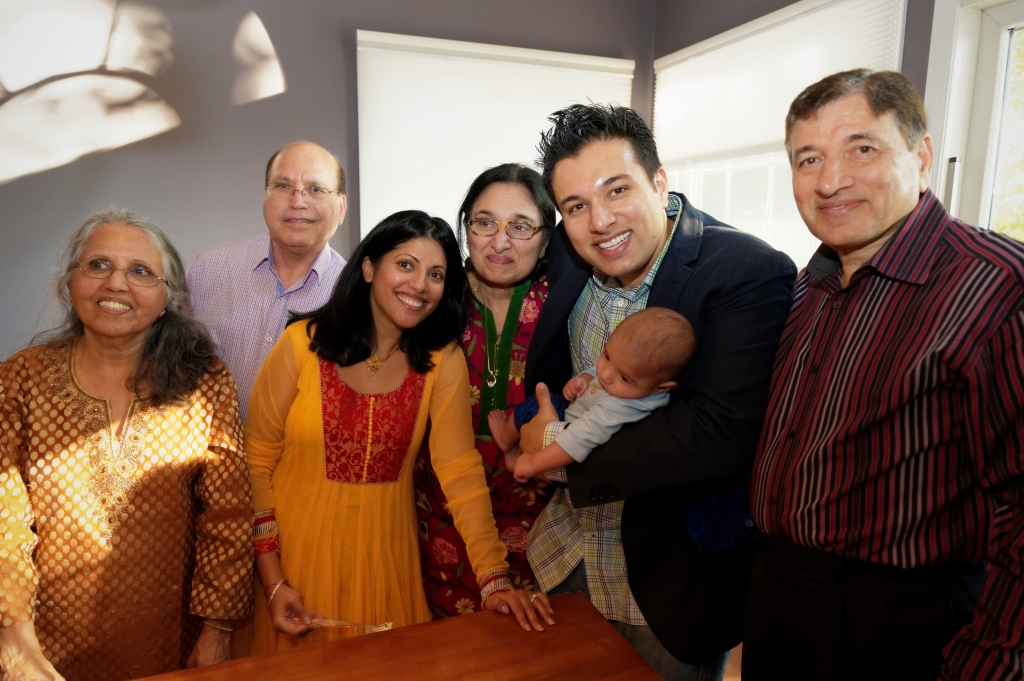 Diwalipartyfamilypic
